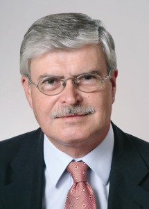 Dr. Roland Kirchhof